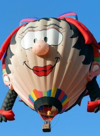 菲律宾热气球嘉年华 热气球造型各异吸人眼球图片