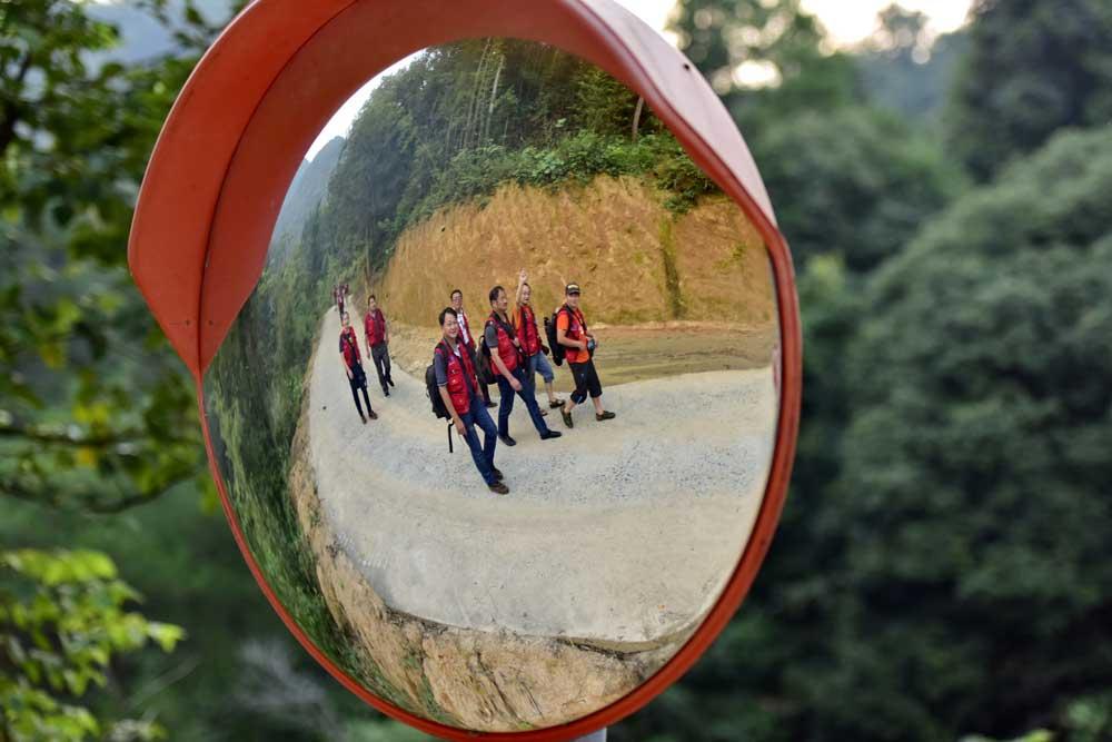 新華網安徽頻道簽約攝影師走進秋浦河景區。(新華網安徽頻道簽約攝影師 王東軍 攝)