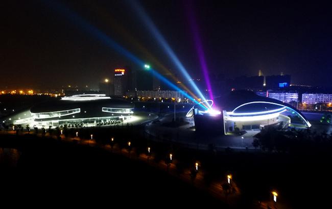 新華網安徽航拍:飛入歷史名城安慶 俯瞰夜幕下的黃梅戲之鄉