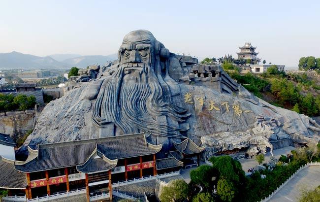 新華網安徽航拍:飛入秀美天柱山 瞰中華五千年文博園