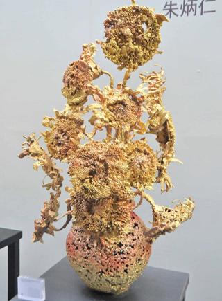 熔铜艺术品再铸梵高经典图片