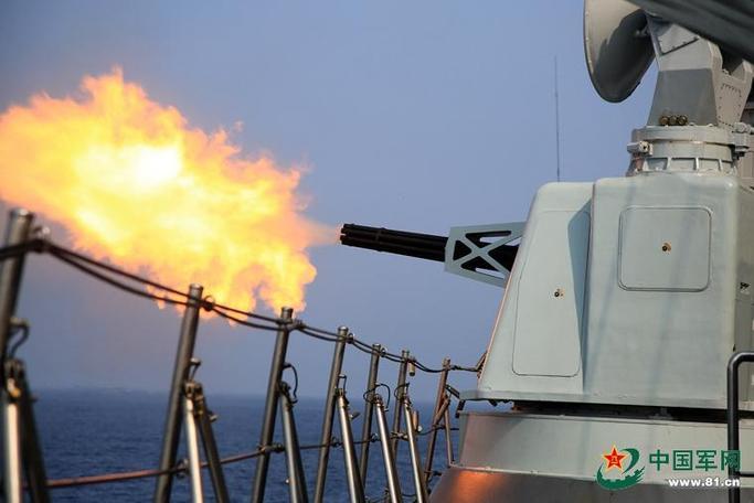 怒射!中國海軍艦艇編隊赴南海實彈演習