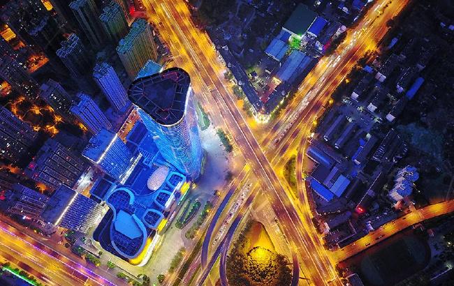 """航拍合肥超高層寫字樓:大湖名城的""""天際夢"""""""