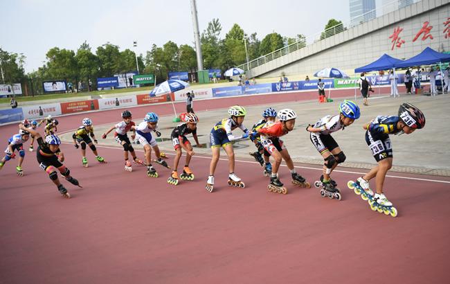 第32届全国速度轮滑锦标赛在合肥举行