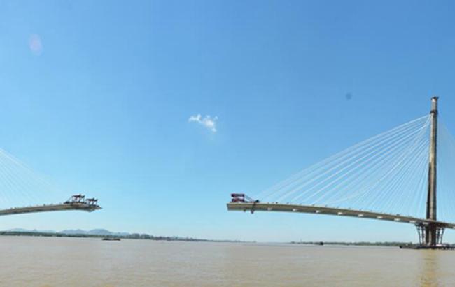 芜湖长江二桥建设正酣 计划年内通车