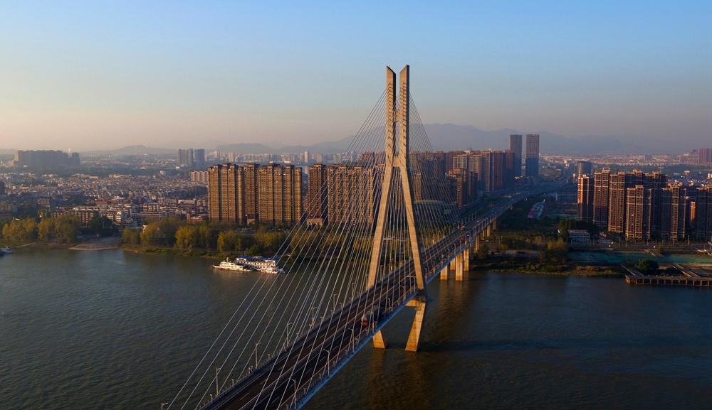 安慶市長(chang)江(jiang)大橋