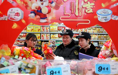 安徽淮北:凈化市場迎新春