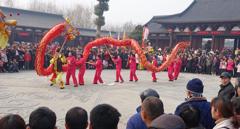 民俗展演鬧新春 舞龍舞獅慶佳節
