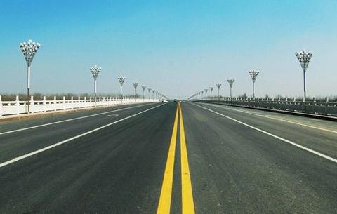 我國春節假期前三天全國道路交通安全形勢平穩