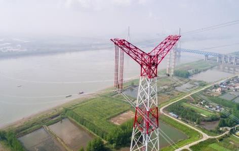 新疆準東至皖南特高壓輸電工程安徽段全線貫通