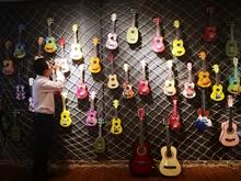 樂森黑馬吉他