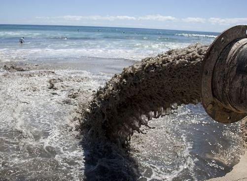 安徽:12人因跨省傾倒固廢污染長江被提起公訴