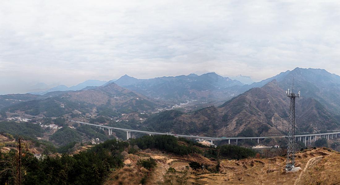 岳西第一條高速公路