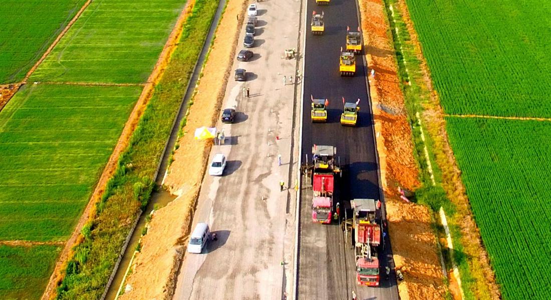 國道347(銅陵樅陽段)鋪瀝青
