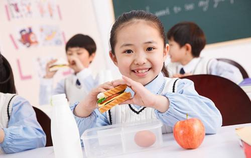 安徽将进一步做好学生营养改善计划 校长为第一责任人