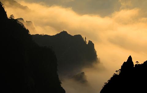 雲映斜陽 醉美黃山