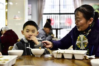 合肥:社區食堂暖人心