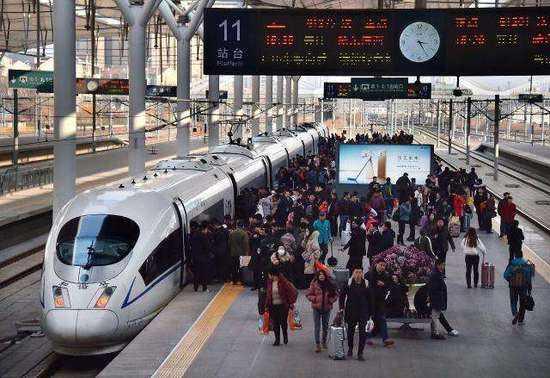 長三角鐵路運客首破千萬人次