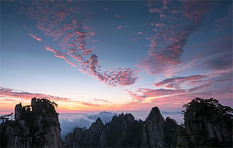 延時攝影:壯觀!黃山日出、雲海罕見同框