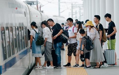 暑期運輸啟動 長三角逾1.3億旅客將選乘鐵路出行