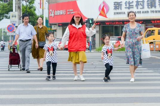 安徽和縣︰青春志願行 文明安全(quan)路(lu)