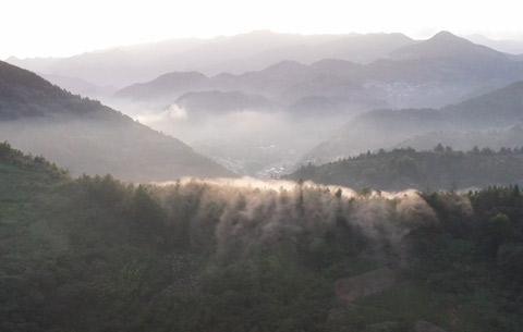 微視頻:石潭雲海 水墨畫卷