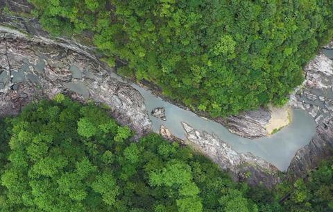 微視頻:深山藏峽谷 風光人未識