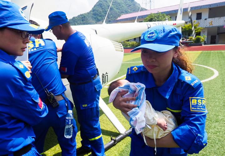 出生僅20天的安徽寧國重災區最小災民獲救