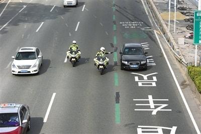 合肥交警部門新增200名鐵騎 行駛中可抓拍違法