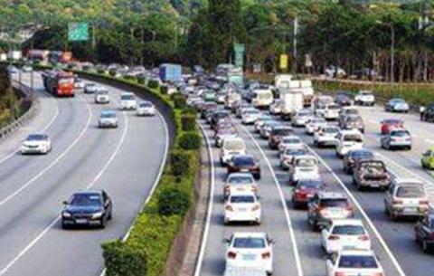 國慶長假合肥交警查處九千余起交通違法