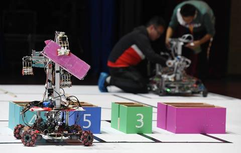 """中國科大:機器人""""越障救援""""大賽"""