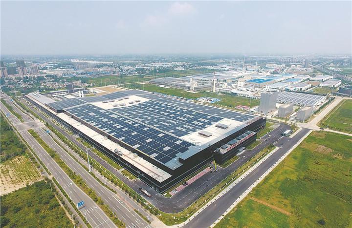 俯瞰蚌埠凱盛集團高世代TFT-LCD玻璃基板示范線廠區
