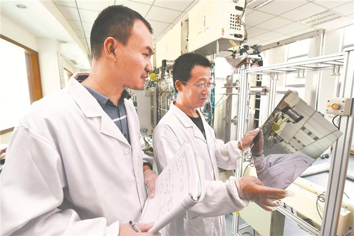銅銦鎵硒發電玻璃自動化生産線