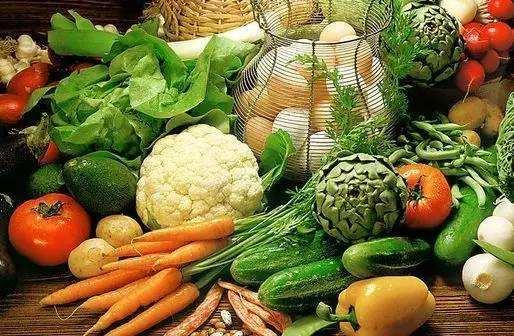 10月份安徽省生活必需品價格環比上漲1.74%