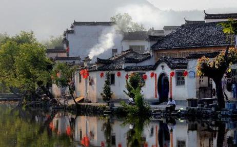 黟縣古村(cun)落(luo)旅游和民宿產業(ye)趨熱