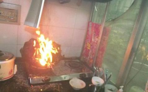 肥東一家庭廚房失火 家中滅火器派上大用場