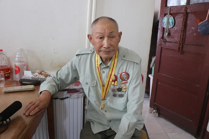 """90歲特等功老兵李忠秀:被""""雪藏""""的""""前半生"""""""