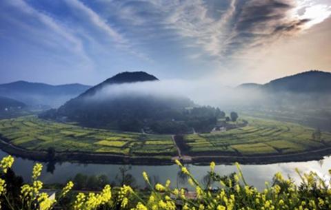 綠色發展,把好山好水保護好