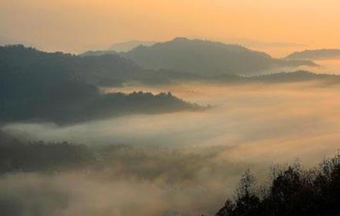安bu)hui)︰he)  wen)化建設和旅游發展邁上新(xin)台階