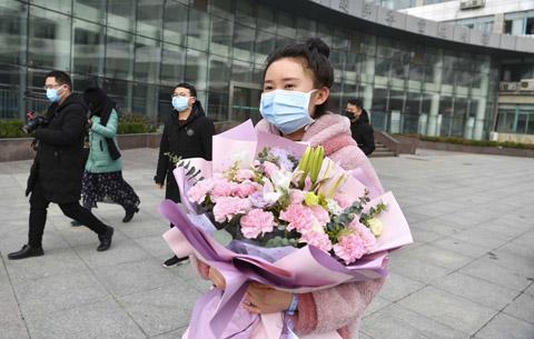 安徽亳(bo)州首zhuo)xin)型冠狀(zhuang)病毒感染(ran)的肺炎患者治愈出院