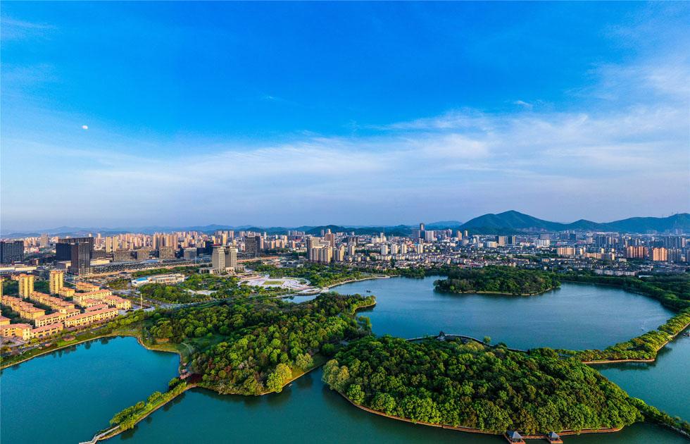 銅陵市(shi)天井(jing)湖公園