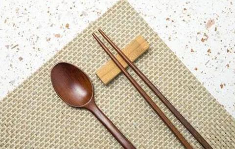 寧國(guo)倡導健康文明(ming)用餐方(fang)式
