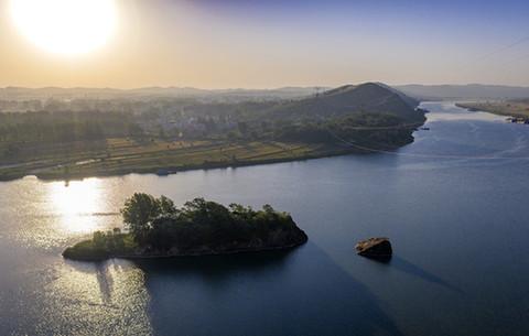 航拍:千裏淮河第一峽