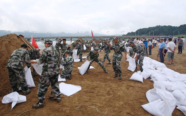 涇縣舉行2020年防汛搶險綜合實戰演練