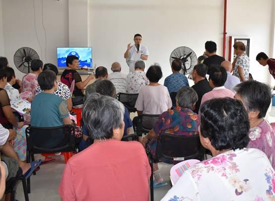 肥西縣衛健委2020年科技活動宣傳周走進災民安置點