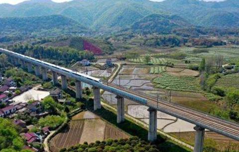 長三角鐵路國慶黃金周運輸方案出臺 計劃增開94對旅客列車