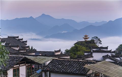 粉墻黛瓦齊雲山