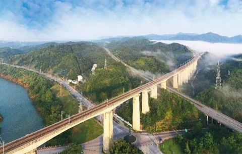 【沿著高速看中國】田園變資源 風景成産業